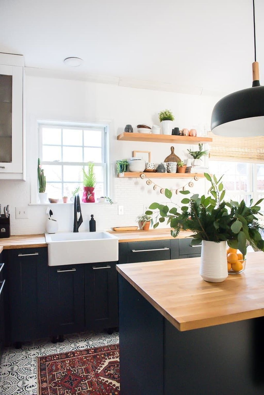Tips On Organizing Kitchen With Small Dimension 06