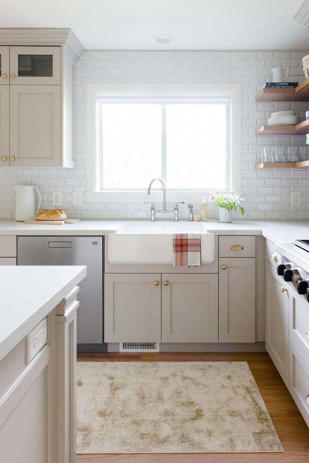 Tips On Organizing Kitchen With Small Dimension 27