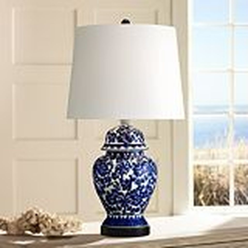 Fancy Living Room Decor Ideas With Ginger Jar Lamps 22