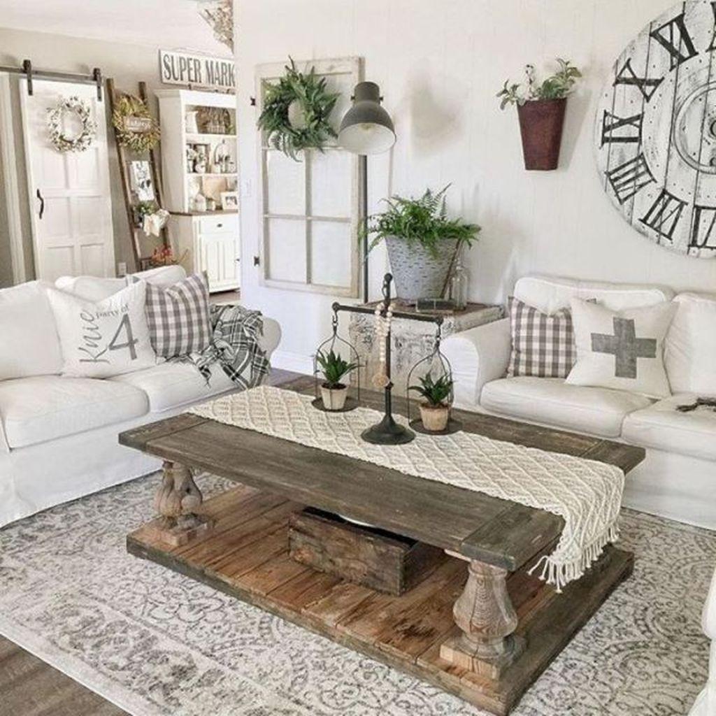 Hottest Farmhouse Living Room Decor Ideas That Looks Cool 40