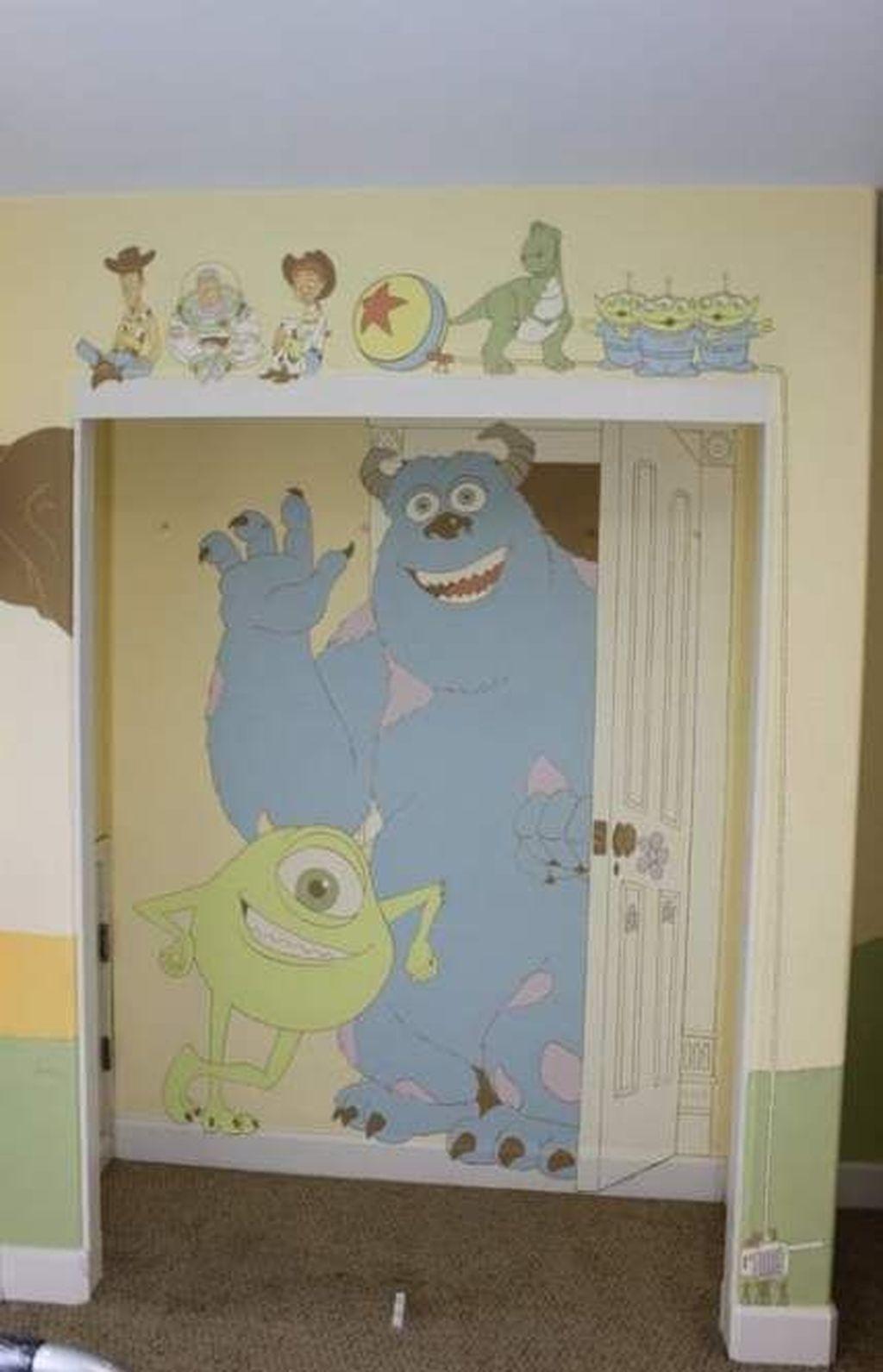 Adorable Disney Room Design Ideas For Your Childrens Room 15