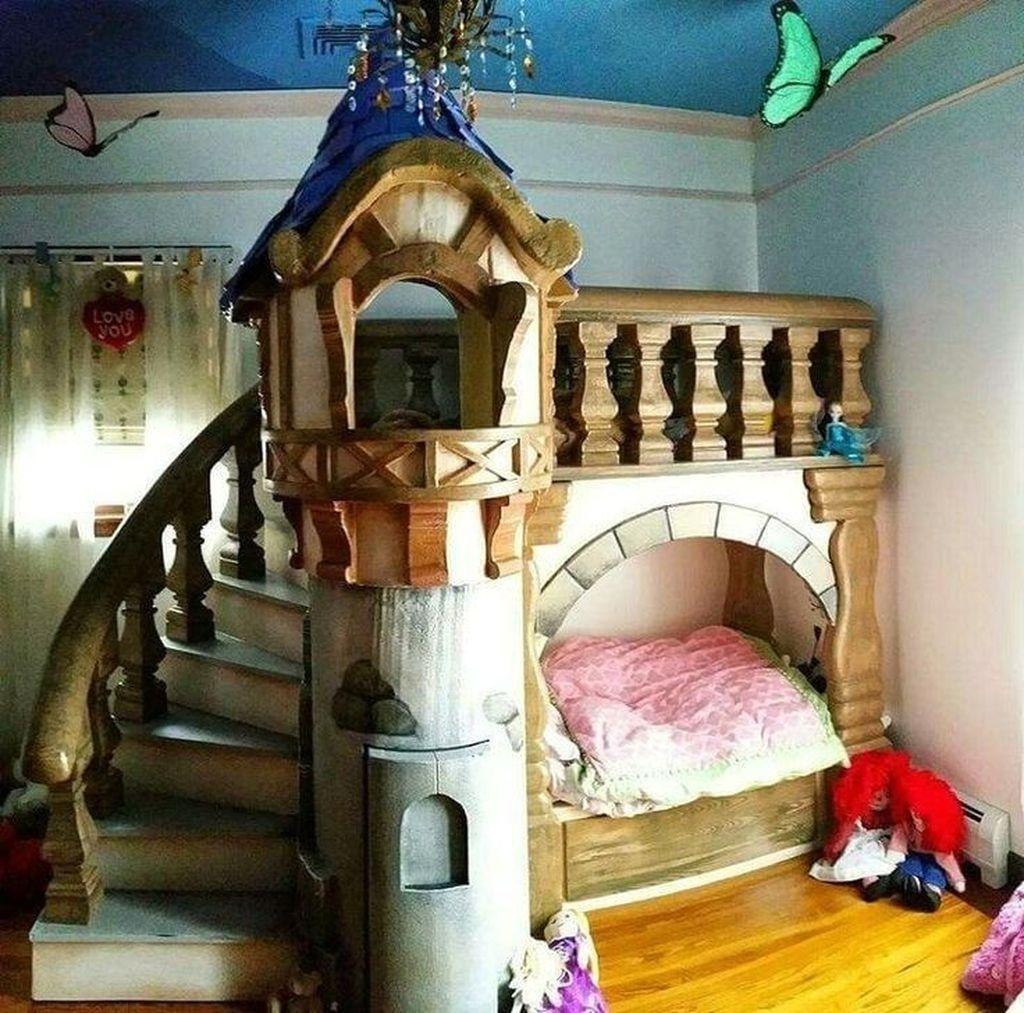 Adorable Disney Room Design Ideas For Your Childrens Room 26