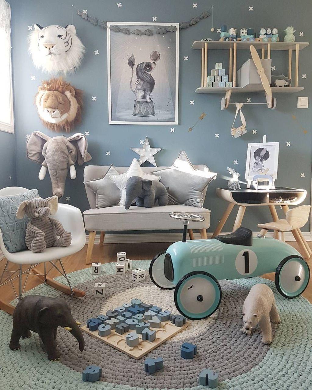 Adorable Disney Room Design Ideas For Your Childrens Room 45